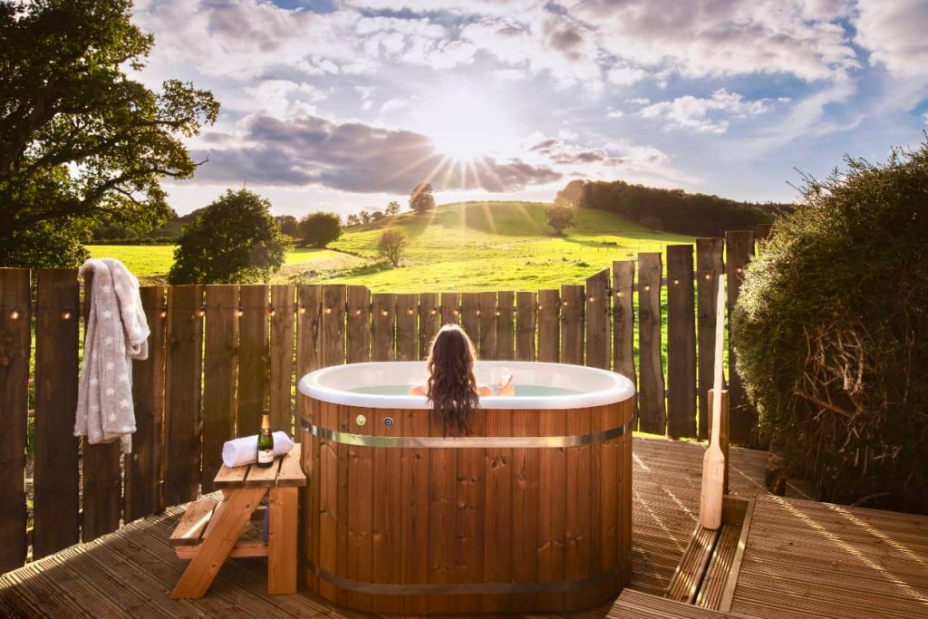 best hot tub cottages in the UK