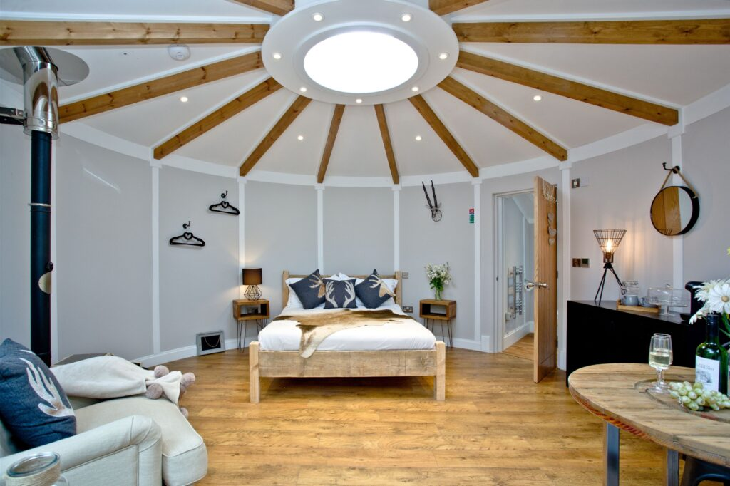 Cornwall Hot Tub Glamping Retreat for couples Bude bed