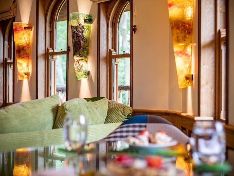 tenbury wells luxury hot tub cottage for couples eathelin treehouse dining