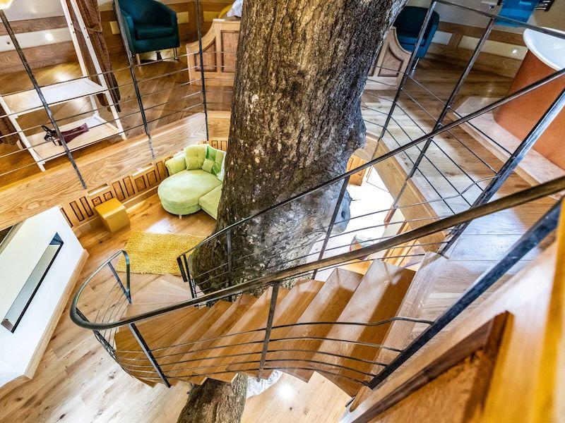 tenbury wells luxury hot tub cottage for couples eathelin treehouse stairwell