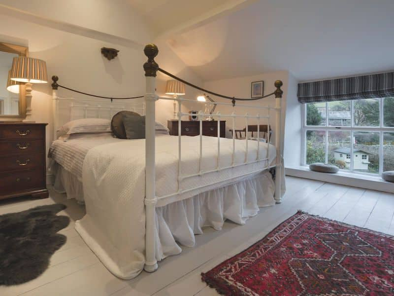 kentmere romantic lake district cottage for couples shepherds nook bedroom