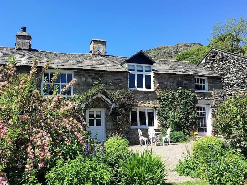 kentmere romantic lake district cottage for couples shepherds nook exterior