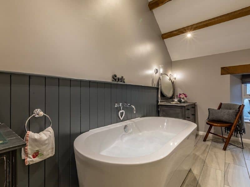 romantic lake district bolthole for couples rose cottage bouth bathroom